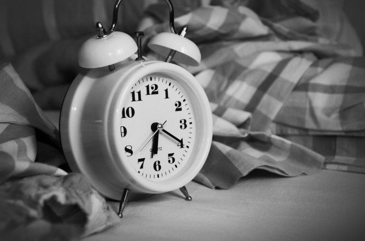 Waarom bedtijd en voldoende slaap zo belangrijk zijn